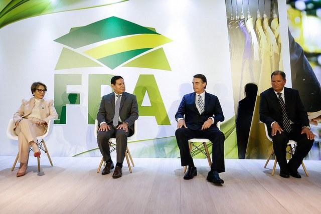 Jair Bolsonaro em agenda de posse da nova presidência da Frente Parlamentar da Agropecuária. Foto: Alan Sahts/PR
