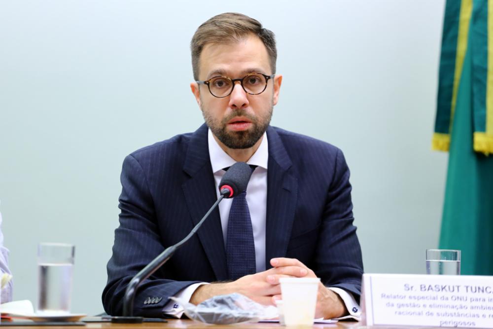 Em audiência pela CDHM, Relator especial da ONU realizou escuta às organizações e movimentos populares. Foto: Agência Câmara