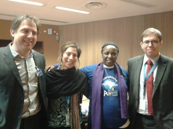 Maria Lúcia Pereira da Silva, coordenadora do Movimento Nacional da População em Situação de Rua, ao lado da relatora especial da ONU, Leilani Fahra.