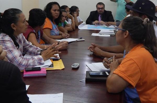 Na terça, 21 de junho, o Projeto do Lei foi apresentado na Câmara Municipal de Santarém, com a presença de lideranças comunitárias e da vereadora Ivete Bastos (à esquerda)