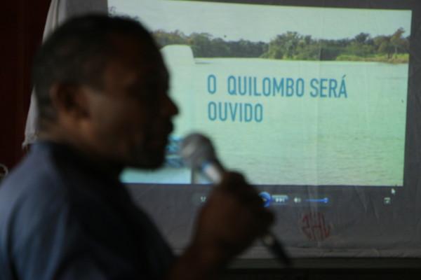 Dileudo Guimarães, presidente da Federação das Organizações Quilombolas de Santarém (FOQS) durante oficina para Protocolo de Consulta sobre projeto de porto no Maicá.