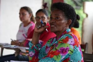Cleide, durante oficina das mulheres no quilombo Patos de Ituqui